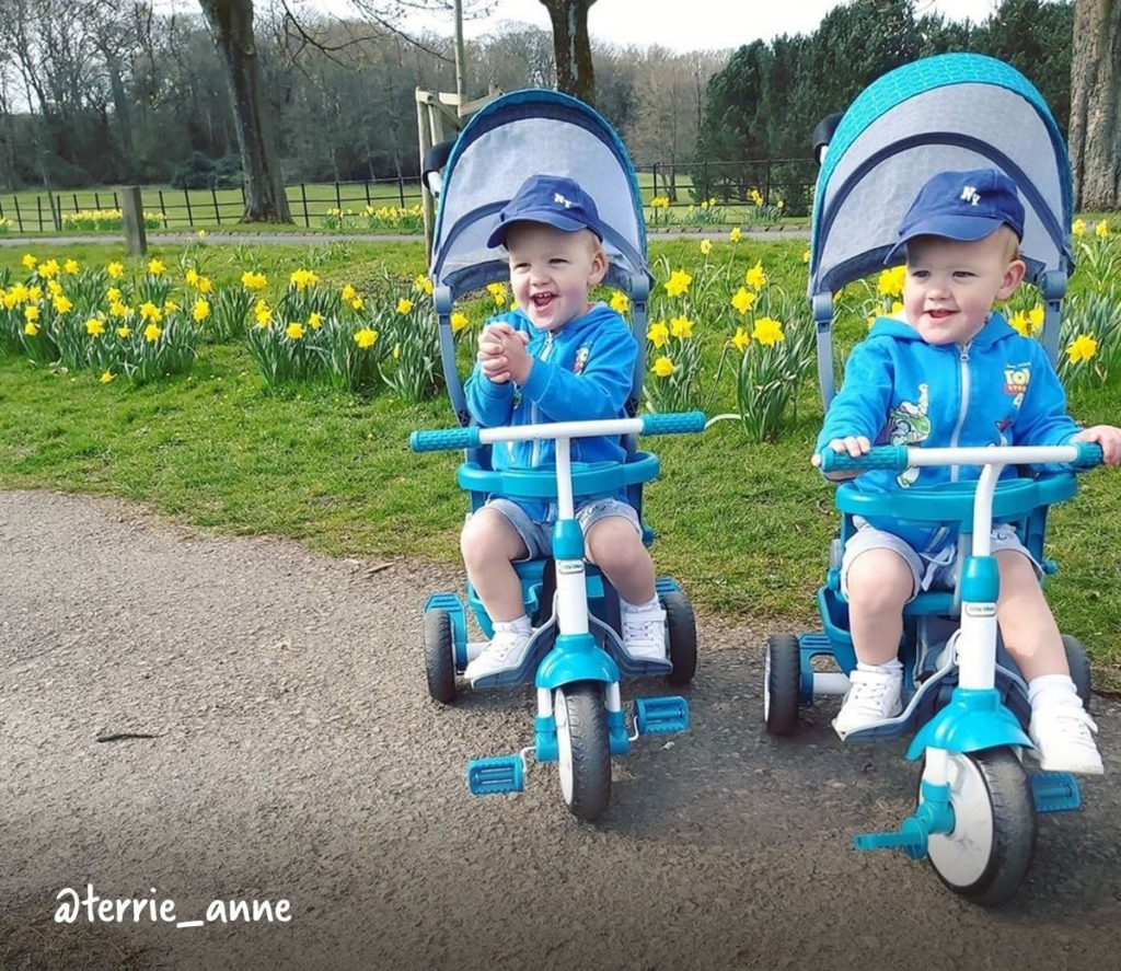 Ride - Once your child is 30 months old, they should have a firm grip on the handles and a good idea of how to pedal. You can finally detach the push bar and let them ride around on their own for the very first time.
